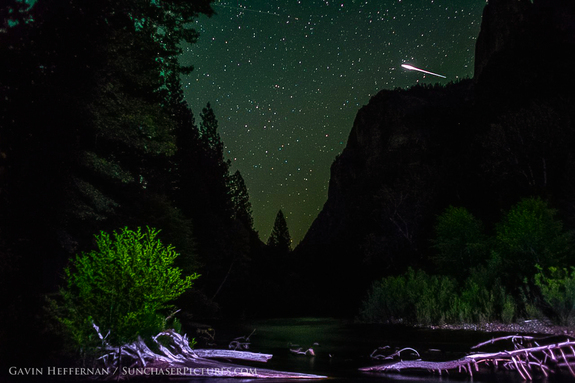 "While taking photos in the Sierra Nevada mountains, Gavin Heffernan said he shot ""the biggest meteorite picture I've ever captured."""